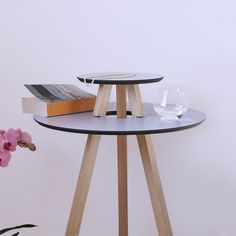 UFO table by dESIGNoBJECT 160/230