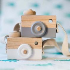 Cute Nordic Hanging Wooden Camera Toys Kids Toys Room Decor Furnishing Articles Birthday Gifts For Baby Wooden Toy Wooden Baby Toys, Wood Toys, Wooden Toys For Kids, Wooden Camera, Accessoires Photo, Toy Camera, Mini Camera, Natural Toys, Activity Toys