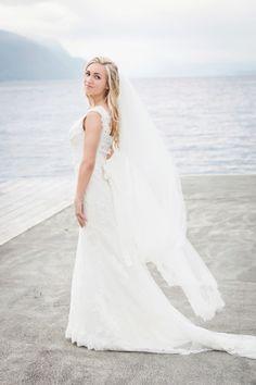 Fotograf Julie Vold - EogC-121 Norwegian Wedding, Wedding Dresses, Pictures, Fashion, Bride Gowns, Photos, Wedding Gowns, Moda, La Mode