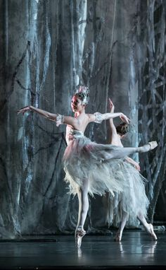Birmingham Royal Ballet's 'The Nutcracker' - Photo by Bill Cooper