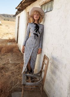 Lou Schoof Models Western Style in Harper's Bazaar Australia Fashion Shoot, Fashion Week, Look Fashion, New Fashion, Editorial Fashion, Trendy Fashion, Fashion Models, Girl Fashion, Fashion Design