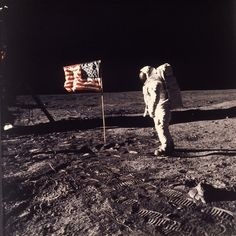 """43 years ago on Friday that Neil Armstrong and Edwin """"Buzz"""" Aldrin, two members of the Apollo 11 crew, became the first humans to set foot on the moon. Apollo 11 Mission, Apollo Missions, Neil Armstrong, Moon Landing Photos, Positive Thoughts, Positive Quotes, Moon Landing Conspiracy, Plan Maestro, Moon Surface"""