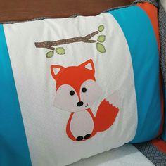 Protetor de berço raposa.