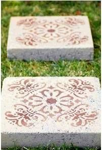 Stencil Concrete Pavers To Personalize Them For Your Yard | DIY
