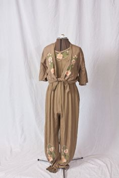 Vintage Floral Two Piece Jumper (S)  So cute!