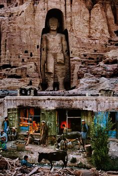 Where the World Meets - Afganistán | Steve McCurry http://stevemccurry.com/galleries/where-world-meets-0