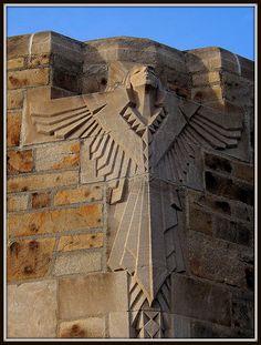 Santuario Nacional de la Pequeña Flor: Escultura Art Deco Ángel