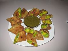 Copycat Cheesecake Factory s Avocado Egg Rolls from Food.com......I think I have died and gone to heaven!!! I can't wait to make these bad boys!   								This is a copycat recipe I found on the web, and it is EXCELLENT!!!
