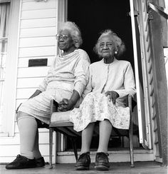 mother and daughter, Oakland Tribune