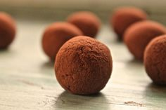 Raw Chocolate Orange Truffles...healthy and delicious!