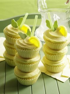 Lemon Cooler Cupcakes..fun for end of the school year!