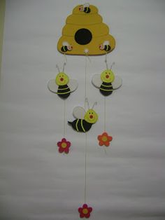 Kids Crafts, Clown Crafts, Bee Crafts, Foam Crafts, Projects For Kids, Diy And Crafts, Paper Crafts, Class Decoration, School Decorations