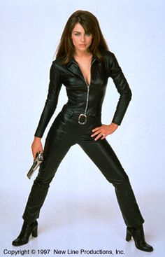 Make your own Vanessa Kensington costume from Austin Powers for a halloween costume or fancy dress costume just like Elizabeth Hurley. Elizabeth Hurley, 90s Fashion, Fashion Outfits, Austin Powers, Space Girl, Black Costume, Dance Outfits, Girls Wear, Catsuit