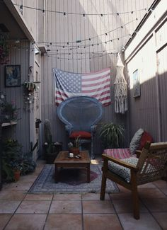 Cool little bohemian outdoor room. Love the peacock chair. Outdoor Spaces, Outdoor Living, Outdoor Decor, Exterior Design, Interior And Exterior, Home Decor Inspiration, My Dream Home, Home And Living, Decoration