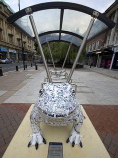 """""""The Hidden Toad"""" Larkin toad, Hull Hull England, England Uk, Well Known Poems, Philip Larkin, Kingston Upon Hull, Hull City, Frog Art, Garden Statues, Toad"""