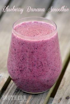 Healthy Blueberry Banana Coconut Water Smoothie - Fitness For Life Coconut Water Smoothie, Coconut Drinks, Juice Smoothie, Smoothie Drinks, Fruit Smoothies, Healthy Smoothies, Healthy Drinks, Smoothie Recipes, Blender Recipes