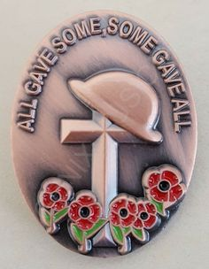 Anzac Soldiers, Personalized Garden Stones, Poppy Badges, Pins Badge, Remembrance Day Poppy, Poppy Craft, Poppy Pins, Remember Day, Poppies Tattoo