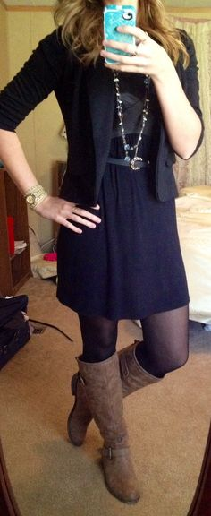 Fall work outfit: All black with brown boots and gold accessories