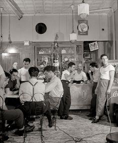 New York City Photo, Italian-American Cafe, Italian Immigrants, Italian Coffee shop Little Italy, Historical, Apartment Artwork, Black White