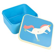The classic BPA free plastic lunch box now comes with our fun Magical Unicorn print. A perfect fit for a sandwich and snack, they're perfect for Plastic Lunch Boxes, Plastic Containers, Unicorn Foods, Unicorn Print, Magical Unicorn, Baby Shop, Fun, Kids, School Lunches