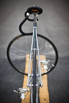 Perfection of fixed gear bicycle