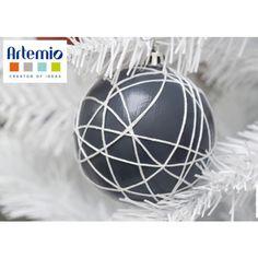 [ Tuto #DIY ] Pour une déco originale et personnalisée, laissez-vous tenter par cette boule de Noël à réaliser vous-même ! Le tuto est ici >>> http://www.perlesandco.com/Boule_No%C3%ABl_decoree_fil_a_broder-s-2397-17.html