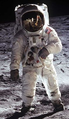 When I grow up I wanna be a astronaut, thanks to you it will never happen unless your out!!!!