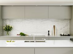 Wandsworth kitchen - cabinets, calacatta marble splashback and island