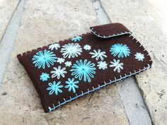 Felt iPhone case Wool iPhone sleeve Flowers iPhone cover Brown and turquoise