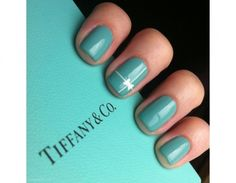 Smalto color Tiffany e fiocco argentato