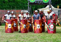 Roman soliders with their shields School Projects, Art Projects, Roman Shield, Greece Art, Roman Legion, Roman Soldiers, Christian Girls, Roman Art, Ancient Rome