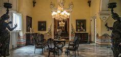 En La Habana no debe faltar un paseo por el Palacio de los Capitanes Generales - http://www.absolut-cuba.com/en-la-habana-no-debe-faltar-un-paseo-por-el-palacio-de-los-capitanes-generales/