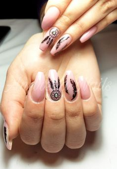 Dream catcher Nails Bohemian Nails, Wave Nails, Dream Catcher Nails, Nail Mania, Funky Nails, Luxury Nails, Diy Nail Designs, Best Acrylic Nails, Rainbow Nails