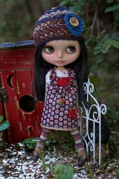 Wild Heart. Sugar Mountain Country Jumper, Thermal Tee Shirt, Crocheted Spring Cap, Striped Leggings And Ceramic Turtle Necklace For Blythe