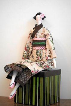 Tilda in Kimono tutorial / Tilda kimonossa ohje englanniksi Doll Patterns Free, Doll Clothes Patterns, Free Pattern, Doll Crafts, Diy Doll, Fabric Dolls, Paper Dolls, Doll Toys, Baby Dolls