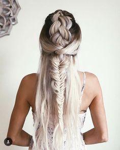Beautiful half up braid