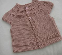 Ravelry: fionacupcake's in threes: a baby cardigan