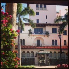 Palm beach Tuscan Style Homes, Spanish Colonial, Palm Beach, Ranch, Envelope, Mansions, Chic, House Styles, Building