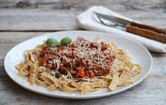 Sunn matglede Bolognese, Spaghetti, Pasta, Ethnic Recipes, Food, Alternative, Meals, Noodles, Yemek