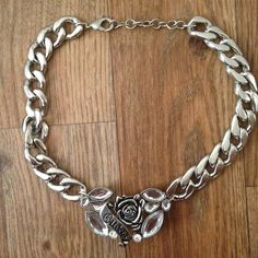 Guess choker necklace Perfect condition Guess choker necklace ...bling bling  Guess Jewelry Necklaces