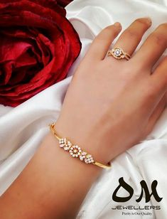 Akash Jewellery Contact for Order WhatsApp On can find Bangle bracelets and more on our website.Akash Jewellery Contact for Order WhatsApp On 9480004129 Gold Ring Designs, Gold Earrings Designs, Necklace Designs, Bracelets Design, Gold Bangles Design, Jewelry Design, Bijoux En Or Simple, Fashion Bracelets, Fashion Jewelry