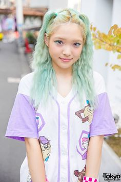 #tokyofashion Green Hair & Looney Tunes Baseball Shirt