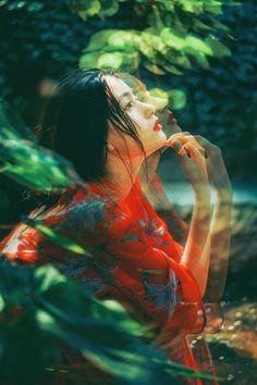 花影间 笑看世间情恨 红尘中 诉不尽繁花-唯美图片-千纸鹤 - China mood