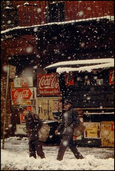 saul leiter_postmen 1952 - The mood in this... wow!