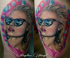 Sunglasses girl #tattoo #sunglasses #ink #tattookunstwerk