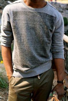 Sweatshirt for a super comfort hang-out wear.