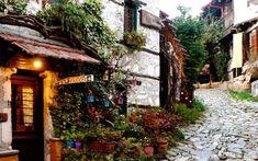 Παλαιός Άγιος Παντελεήμων, Πιερία Greece Travel, Alps, Greek, Architecture, House Styles, Awesome, Places, Landscapes, Colors