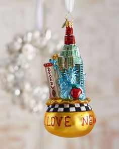 Beautiful Big Apple Ornament featuring New York City Tourist Sites - Ornament Reviews