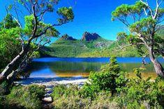 Images Tasmania in Australia Dream setting 2732 Most Beautiful Beaches, Beautiful World, Beautiful Places, Beautiful Gardens, Places To Travel, Places To See, Travel Destinations, Cradle Mountain Tasmania, Australia Landscape