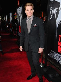 """Chris Pine at the LA premiere of """"This Means War."""" Loving the pocket square!"""